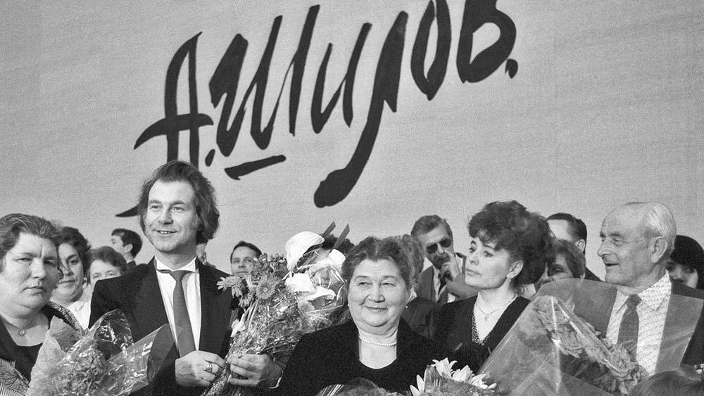 А. Шилов на открытии своей выставки. 1989. Фото ИТАР-ТАСС/Василий Егоров
