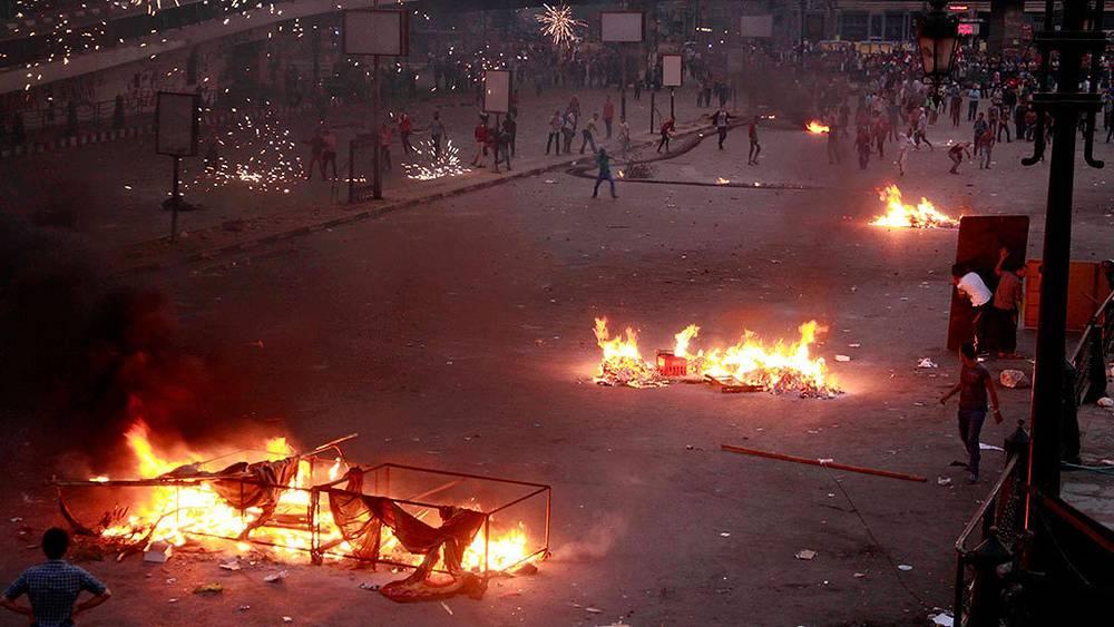 Столкновения во время митинга в Каире. Фото AP Photo/Emad Abdul  Rahman
