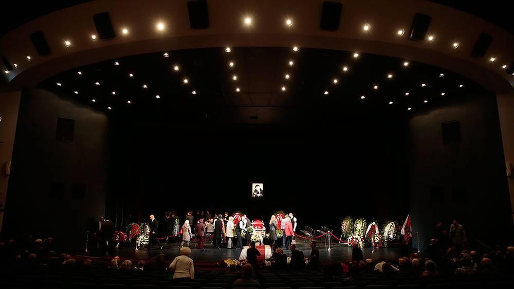 Церемония прощания с актрисой Ольгой Аросевой в Театре Сатиры. Фото ИТАР-ТАСС/ Михаил Метцель