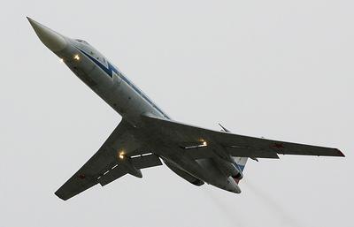 Военные священники на самолете ВКС России впервые провели воздушный крестный ход