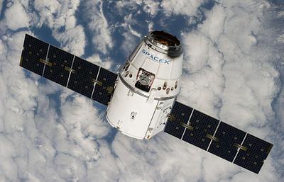 Космический грузовик Dragon не смог пристыковаться к МКС