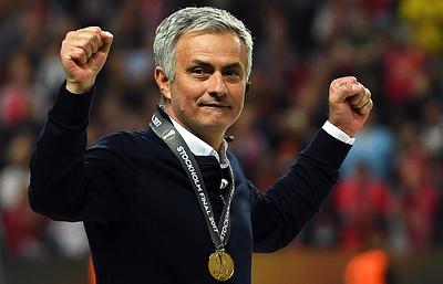 """Моуринью: """"Манчестер Юнайтед"""" заслуженно выиграл Лигу Европы"""
