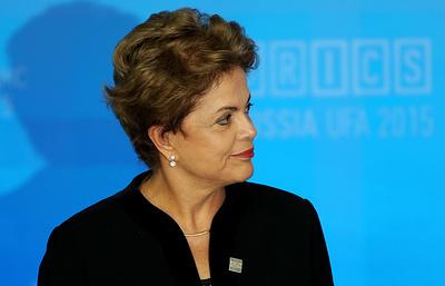 Экс-президент Бразилии Руссефф назвала издевательством приговор по делу Лулы да Силвы