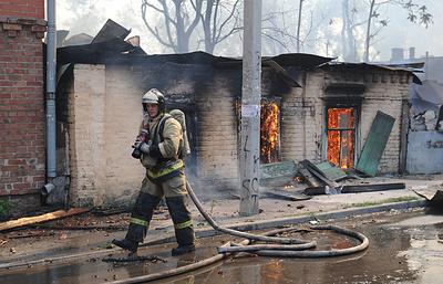 В Ростове-на-Дону сгорели более 80 жилых построек