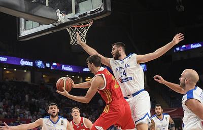 Тараканов: российским баскетболистам повезло, что грекам не хватило сил в 1/4 финала ЧЕ