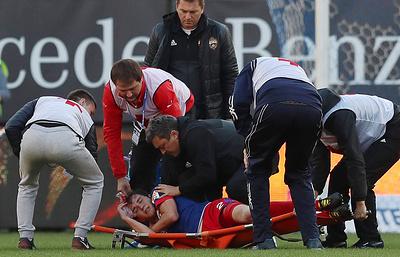 """Гончаренко надеется, что Фернандес примет участие в матче против """"Манчестер Юнайтед"""""""