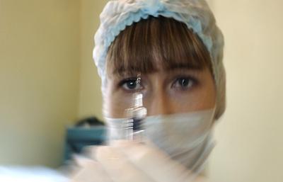 Более 170 тыс. жителей Карачаево-Черкесии будут привиты от гриппа этой осенью