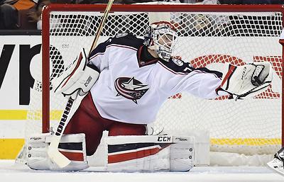 """Вратарь """"Коламбуса"""" Бобровский признан первой звездой дня в НХЛ"""