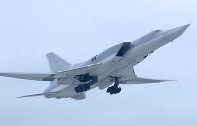 Шесть российских Ту-22М3 нанесли удар по объектам ИГ в районе Бу-Кемаля в Сирии