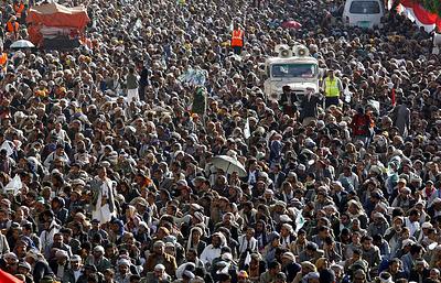 СМИ: экс-президента Йемена похоронили в Сане