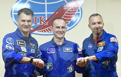 «Союз МС-05» с тремя членами экипажа отстыковался от МКС и взял курс на Землю