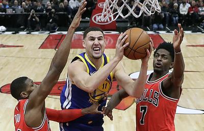 """""""Голден Стэйт"""" обыграл """"Чикаго"""" в матче НБА, Томпсон набрал 38 очков"""