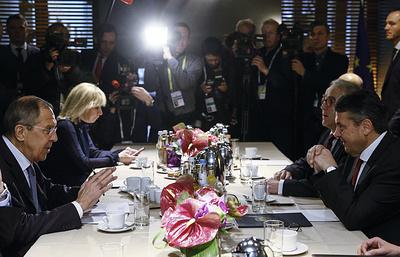 Лавров: США хотят продвигать экономические интересы в Европе под видом сдерживания РФ