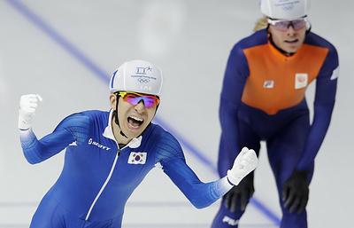 Южнокорейский конькобежец Ли Сын Хун завоевал золото Олимпиады в масс-старте