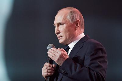 """Президенту России предстоит развивать экономику, обновив """"майские указы"""""""