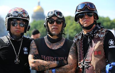 Около 4 тыс. мотоциклистов приняли участие в мотопараде в рамках Harley Days в Петербурге