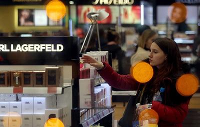 РБК: Минэкономразвития выступило против введения маркировки для парфюмерии