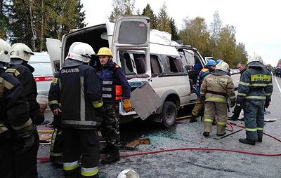 Источник: 10 человек погибли в ДТП с автобусом и маршруткой в Тверской области