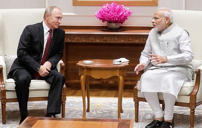 Моди угостил Путина крем-супом из арбуза, бараниной в соусе мугхлай, фисташковым мороженым