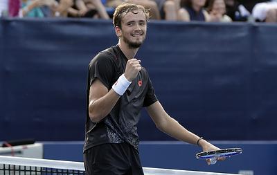 Российский теннисист Медведев вышел в финал турнира ATP в Токио
