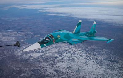 Су-34 Центрального военного округа впервые отработали дозаправку в небе над Уралом