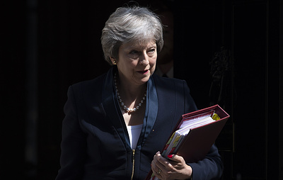 """""""Игра престолов"""" по-британски. Чем закончится битва Мэй за Железный трон Brexit"""