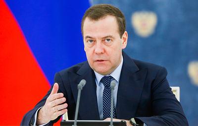 Медведев поздравил Кожемяко с предварительной победой на выборах губернатора Приморья