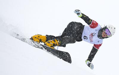 Соболева завоевала серебро в параллельном гигантском слаломе на этапе КМ по сноуборду
