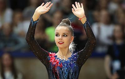 Гимнастка Арина Аверина победила в упражнениях с обручем на этапе Кубка мира в Италии