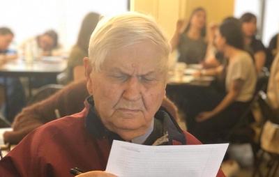 """В """"Тотальном диктанте"""" в Нью-Йорке принял участие 95-летний ветеран ВОВ"""