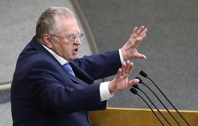 Жириновский и Милонов стали лидерами по числу жалоб на них в комиссию Госдумы по этике