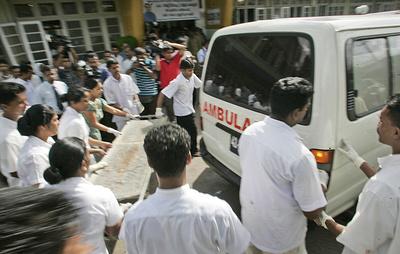 СМИ: на Шри-Ланке прогремели взрывы в двух церквях во время празднования Пасхи