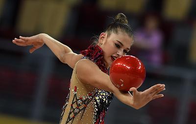 Солдатова победила в двух упражнениях на этапе КМ по художественной гимнастике в Ташкенте