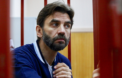 Суд продлил арест Абызова