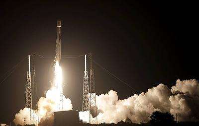Ракета Falcon-9 с 60 спутниками проекта Starlink стартовала с мыса Канаверал