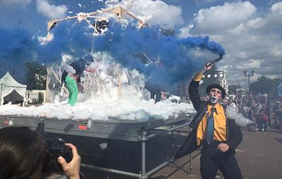 """Певец Feduk и театр АХЕ выступили на закрытии фестиваля """"Арт-Овраг"""" в Выксе"""