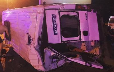 """В Челябинске при столкновении автобуса и """"КамАЗа"""" пострадали 11 человек"""