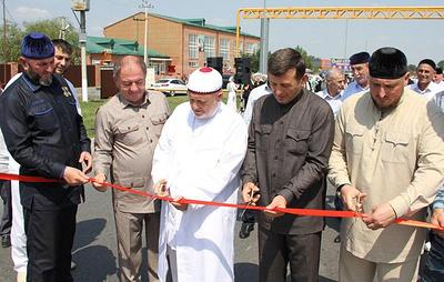 В Чечне после реконструкции открыли часть автодороги к Урус-Мартану