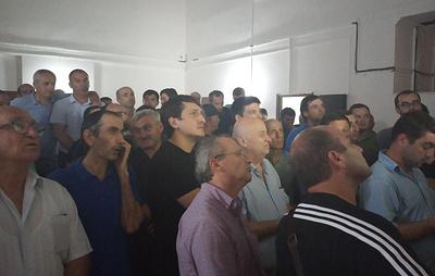 На выборах в Абхазии лидируют три кандидата