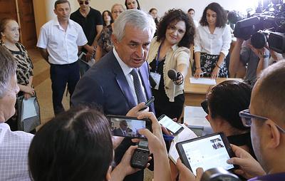 Хаджимба заявил о подготовке к участию во втором туре на выборах президента Абхазии
