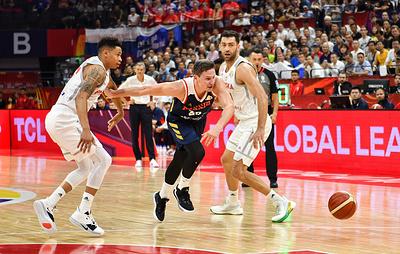 Российские баскетболисты проиграли полякам в матче второго раунда Кубка мира