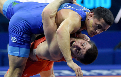Российский борец греко-римского стиля Манцигов завоевал золото на чемпионате мира