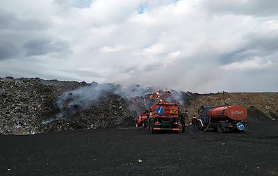 На мусорном полигоне под Новосибирском произошел пожар