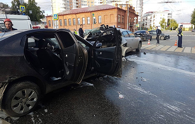 Уголовное дело о массовом ДТП в Екатеринбурге с двумя погибшими передано в СК