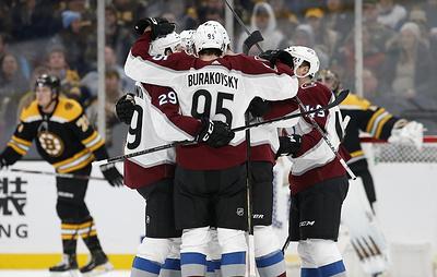 """Шайба Ничушкина помогла """"Колорадо"""" обыграть """"Бостон"""" в матче НХЛ"""
