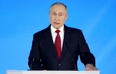 Путин предлагает обеспечить бесплатным горячим питанием всех школьников по 4-й класс