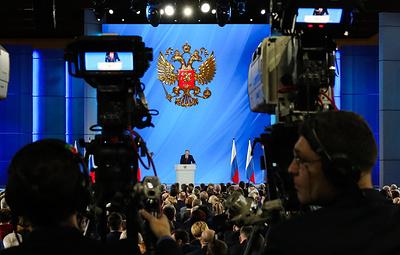 В ОНФ объяснили отсутствие трансляций послания Путина на некоторых экранах на зданиях