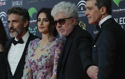 """Испанскую премию """"Гойя"""" за лучший фильм получила лента """"Боль и слава"""""""