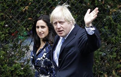 СМИ: Джонсон и его супруга договорились о разделе имущества до развода