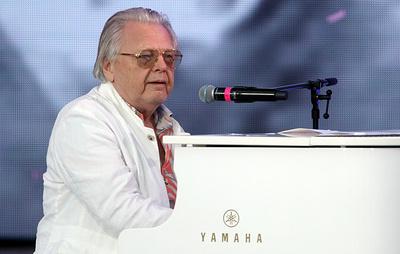 Юрий Антонов в юбилей работает над новой песней